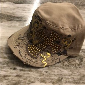 New with tags hat